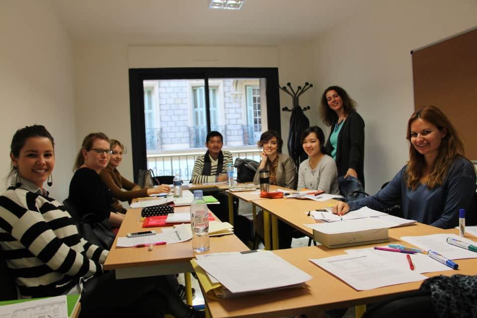 Escuela de francés en Niza para extranjeros