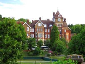 Campamento con lecciones de inglés en Eastbourne Inglaterra