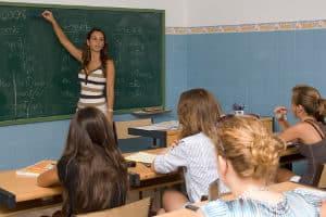 Cursos de español en Barcelona para niños y jóvenes extranjeros